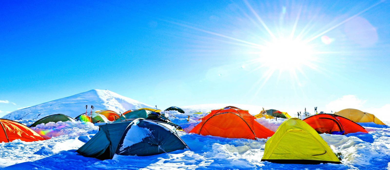 camping-in-mountain-of-nepal