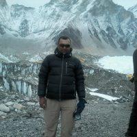 experienced-trekking-leader