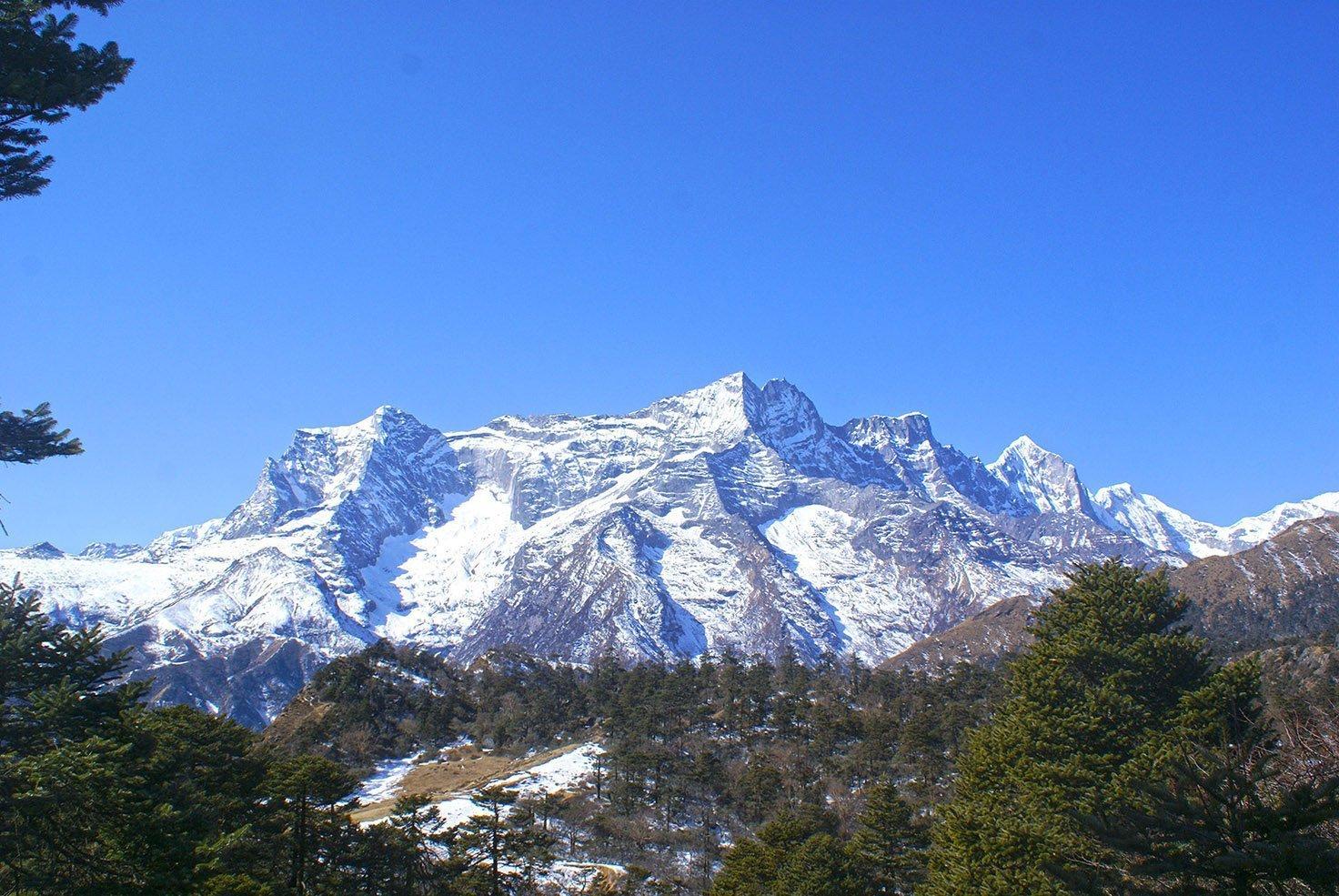 view-from-Farak-ri-Kongde